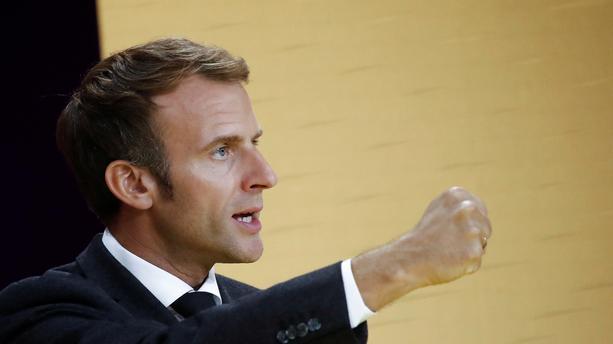Emmanuel Macron: Taille, poids et âge